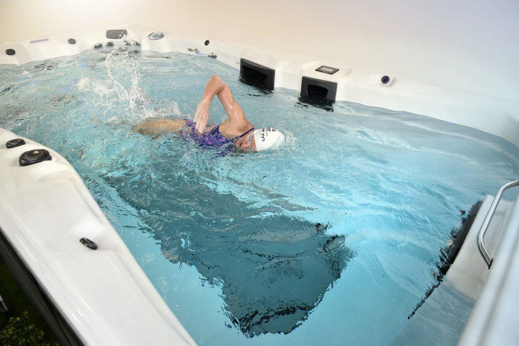 mirinda carfrae swimming