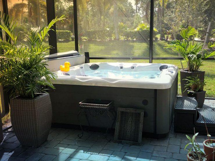 four person hot tub