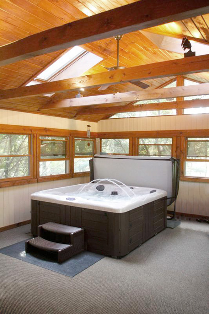 four person hot tub