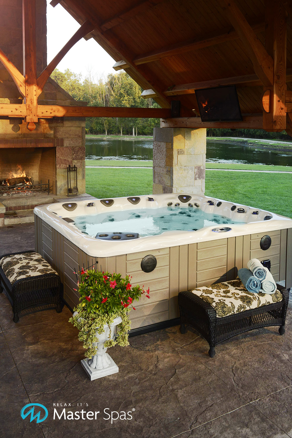 Hot Tub Enclosures to Inspire Your Backyard Makeover - Master Spas