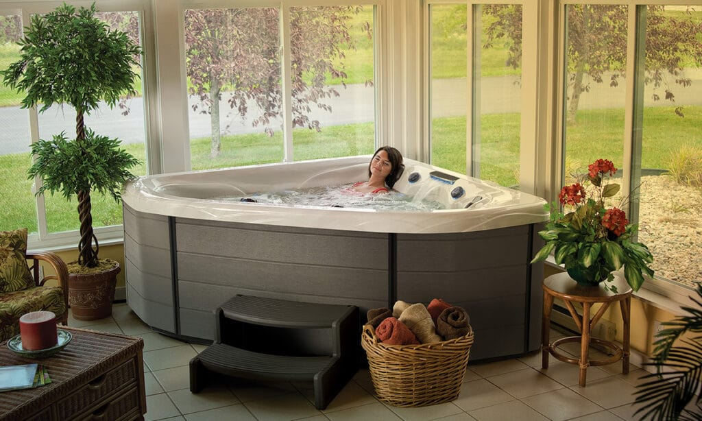 best hot tubs 2021