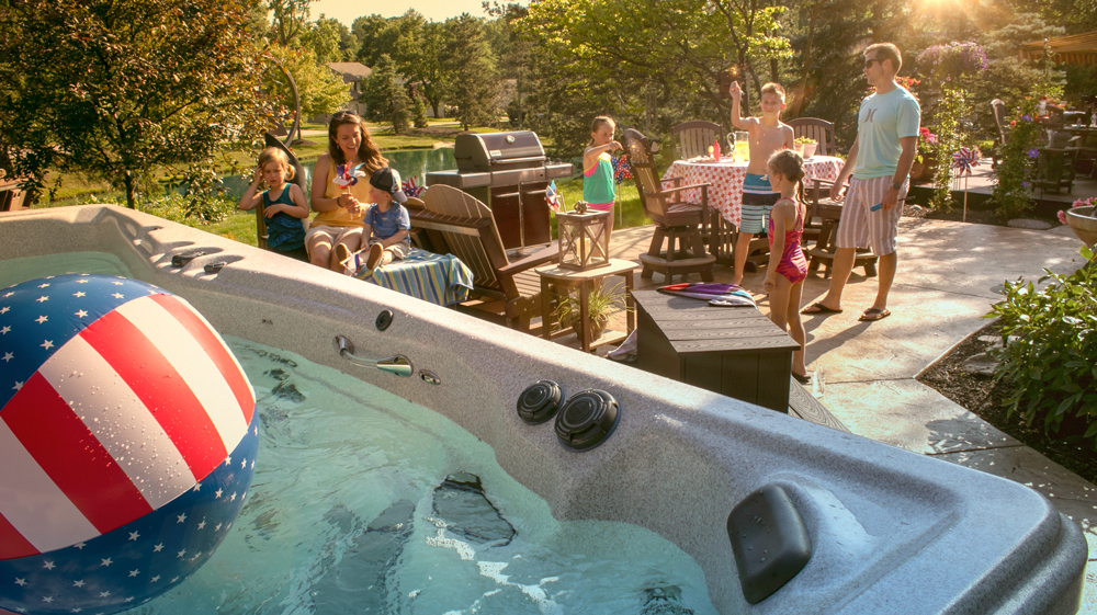 July 4 pool party tips